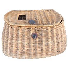 Vintage Wicker Willow Basket Woven Fishing Creel Wonderful, Great Decoration
