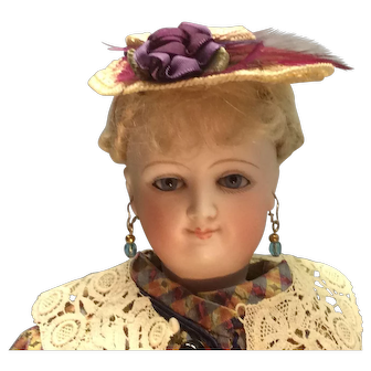 "17"" Smiling Bru French Fashion Princess Eugenie"