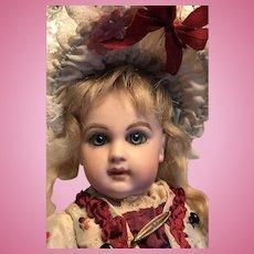 Tiny E1J Emile Jumeau Bebe doll