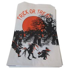 Trick or Treat Bags 25 by Topstone Industries, Inc. Danbury, CT 06810  1970s - Red Tag Sale Item