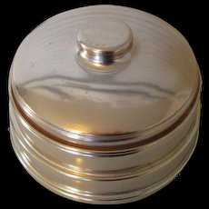 """1940s Music Box """"Candlelight-Waltz (Auld Lang Syne) Powder Box with Puff"""