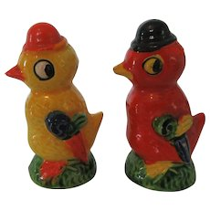 Vintage Bird Salt and Pepper Set Colorful Birds Japan 1950s