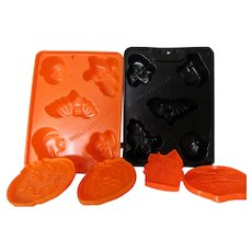 Halloween Wilton Cookie Cutters 1990 and Jello Molds