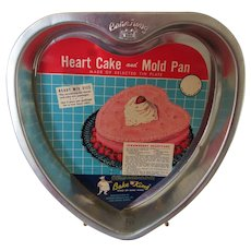 Retro Bake King Heart Cake and Mold Pan-New