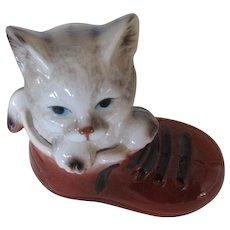 Vintage Enesco Kitten in a Shoe Taiwan