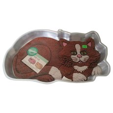 Wilton 1987 Cat Cake Mold with Directions