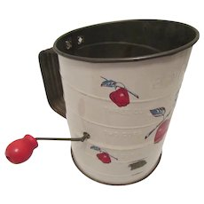 1930s Bromwell's 3 Cup Flour Sifter with Apples