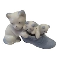 Cat Trio Made in Occupied Japan Pastel Blue and White