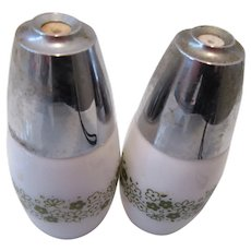 Salt and Pepper Shakers Crazy Daisy or Spring Blossom Pattern