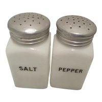 HotPoint Shakers by Hazel Atlas-Salt and Pepper