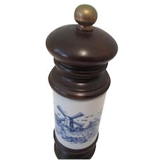 Vintage Dutch Blue/White Pepper Mill