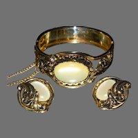 Vintage Hinged Cuff Bracelet/Earrings with Creamy Custard Centers