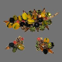 JULIANA  Carmen Miranda Demi Vintage D&E Nugget Bead Dangle Leaf Brooch and Earrings.  BOOK PIECE!