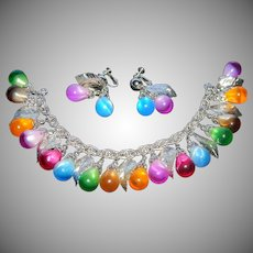 Vintage Signed NAPIER Eye Candy Variegated Art Glass Teardrop Charm Bracelet & Matching Clip on Earrings