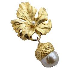 Vintage Prevost Gold Tone Leaf and Acorn Brooch