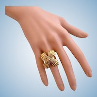 Vintage Barrera for Avon Mayan Collection Flower Blossom Ring - Size 6.5