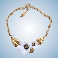 Vintage Louis Feraud for Avon White Flower Choker Necklace