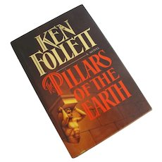 Ken Follett Pillars of the Earth, 1983 First Edition Book