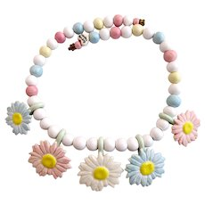 Vintage Flying Colors Ceramic Pastel Daisy Necklace