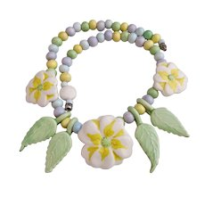 Vintage Parrot Pearl Ceramic Yellow Flower Necklace