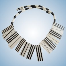 Vintage Parrot Pearls Ceramic Black and White Patterns Necklace