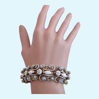 Vintage Florenza White Milk Glass and French Antiqued White Metal Bracelet