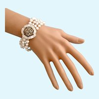 Vintage Signed Miriam Haskell Milk Glass Bead Bracelet With Waffle Rhinestone Flower Center