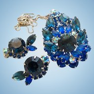 Delizza and Elster (AKA Juliana, D & E) Blue Rhinestone Pin Pendant with Earrings - Book Piece