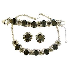 Vintage Delizza and Elster (aka: Juliana) Charcoal Necklace, Bracelet and Clip Earrings Parure - Book Piece.