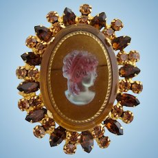 Vintage DeLizza & Elster Juliana Clear Iridescent Cameo Brooch / Pin