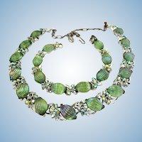 Lisner Green Ribbed Art Glass Necklace and Bracelet Set