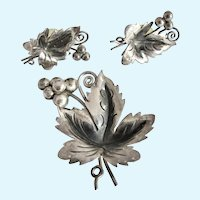 Vintage Mexico .925 Sterling Silver Grape Leaf Brooch and Earring Set