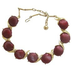 Vintage Maroon Lucite Clam Shell Choker Necklace