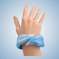 Vintage Marbled Blue Lucite Plastic Hinged Clamper Bracelet