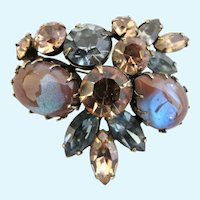 Vintage Rare Regency Saphiret Triangular Brooch
