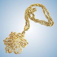 Vintage Trifari Gold Tone Filigree Snowflake Shape Pendant