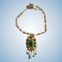 Vintage Etruscan Faux Jade / Pearl Pendant Necklace