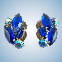 Vintage Weiss Blue Rhinestone Clip Earrings