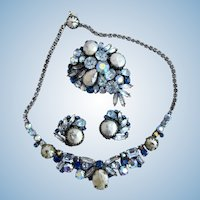 Vintage Weiss Blue Faux Mabe Pearl and Rhinestone Parure Set