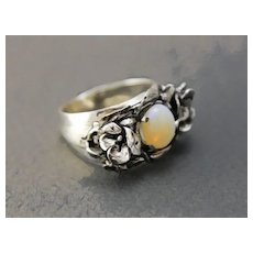 Sterling Silver Ring Natural Opal Hand-sculpted Chic free shipping