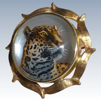 Fine Vintage 14k Yellow Gold Reverse Carved and Painted Essex Crystal Pin of a Leopard
