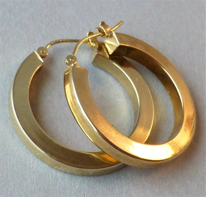 Vintage Pair 14k Yellow Gold Hollow Squared Off Square Hoop Earrings