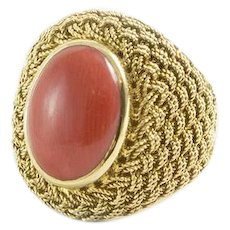 Vintage 18K Yellow Gold and Coral Ring