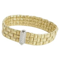 Roberto Coin 3 Row Appassionata  18kt Yellow gold Bracelet with Diamond Clasp.
