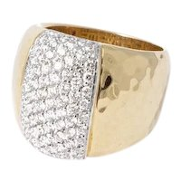 """Roberto Coin """"Martellato"""" collection Diamond and 18 kt. Gold Ring."""