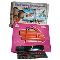 Chad Valley Picture Show Walt Disney's Robin Hood in Original Box  Complete Show in Color