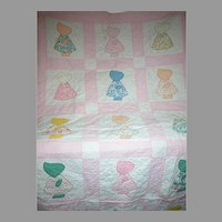 "Vintage Sunbonnet Sue Childs Crib Quilt   Pink & White   54"" X 34"""