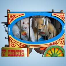 Steiff Golden Age of The Circus Wagon With Two Teddy Bears  MIB