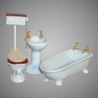 Porcelain Dollhouse Bathroom Set  5 Pieces Bathtub  Sink  Toilet