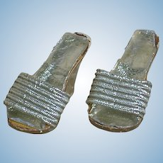 "Madame Alexander Elise Silver High Heels   1-3/4 "" long"